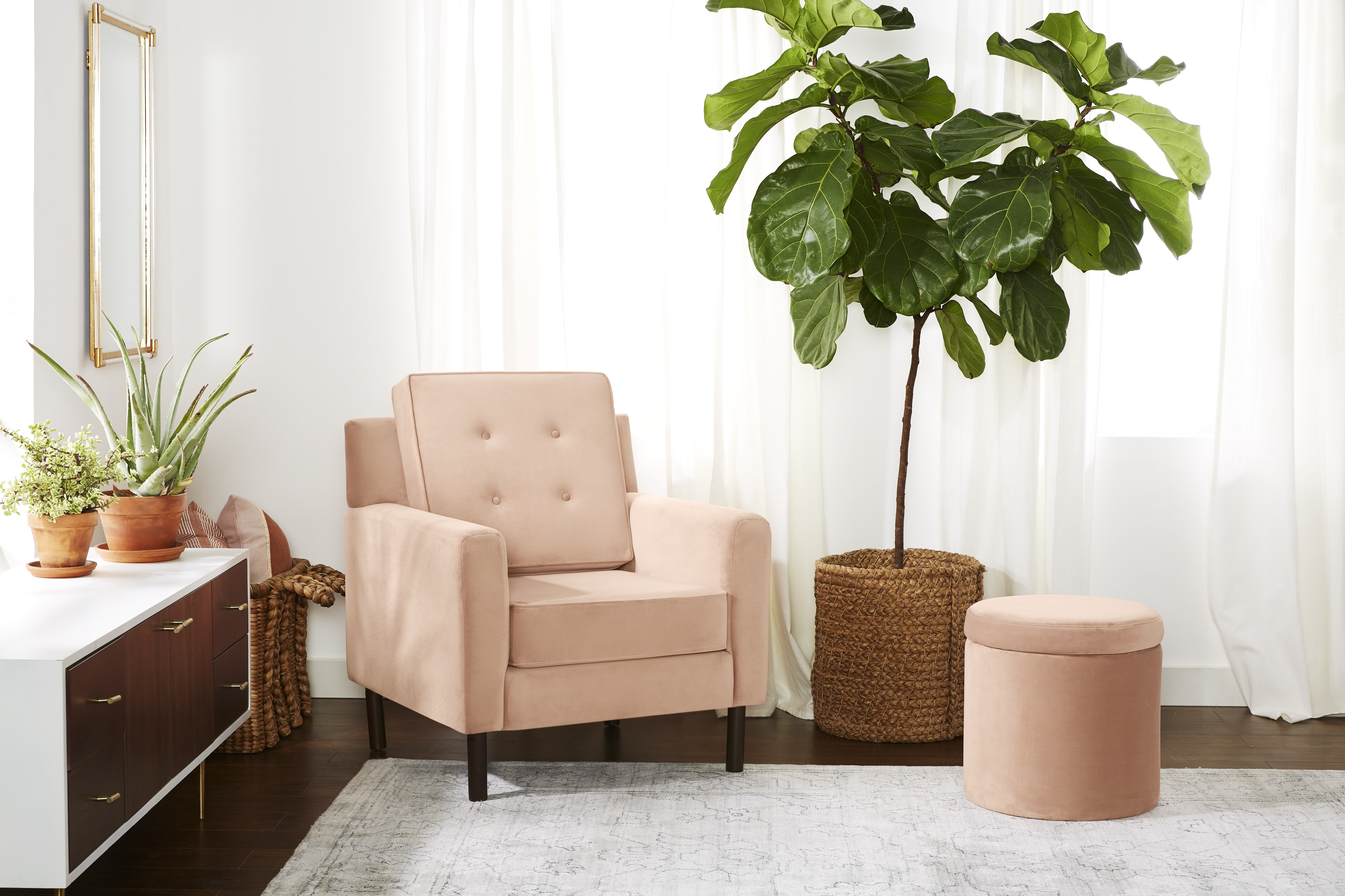 Aami Chair Royale Blush